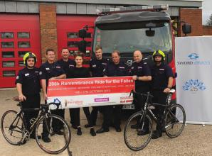 Maidenhead Fire Station to raise money for charity by washing cars and cycling 200k
