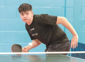 Top seeds Walsh and Bardsley prevail in Cippenham's Junior 4-Star Open