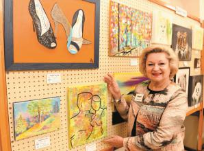 Cookham Arts Club sping sale exhibits artistic talent