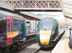 Government agrees deal with GWR to keep key rail lines running