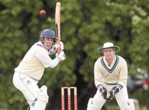Hurley round off season with three-wicket defeat at Hampton Hill