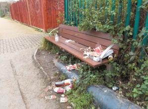 Viewpoint: Litter in Maidenhead and Queen Street barriers