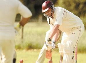 Hurley lose eight wickets for nine runs in 157-run defeat to Cadmore End